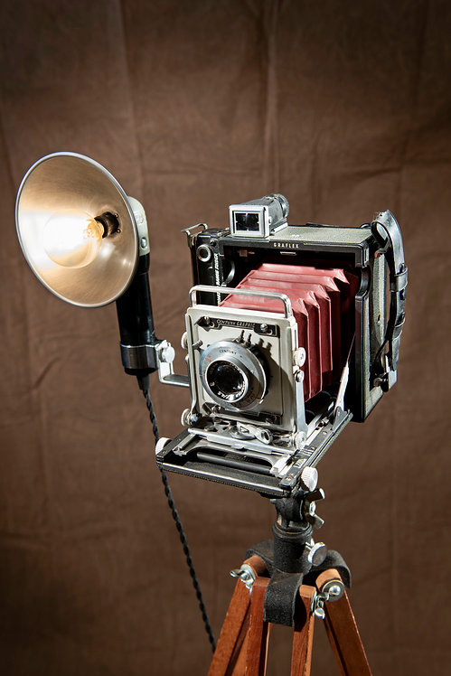 Graphlex Century Graphic 2x3 Camera Lamp on Tripod