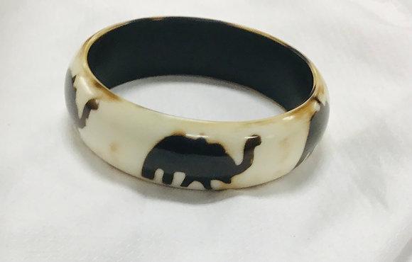 Beige Wood Bracelet with elephant print