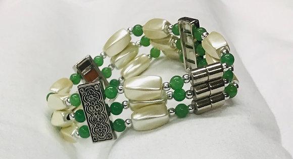 Beaded Bracelet, green and cream