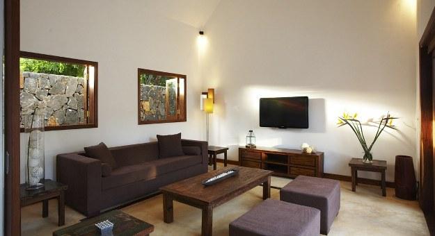 sofa TV.jpg