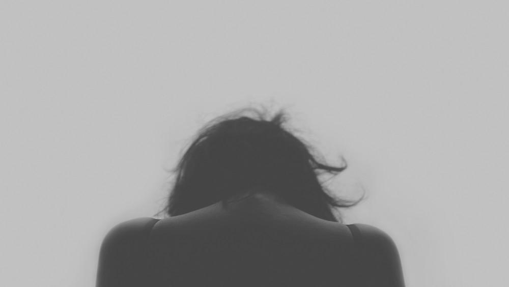 grey scale woman