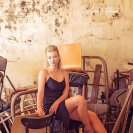 chair room
