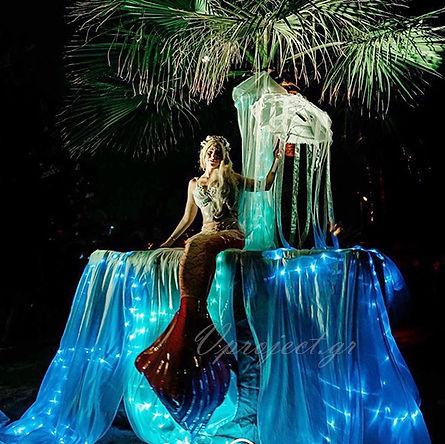 mermaid-walkabout.jpg