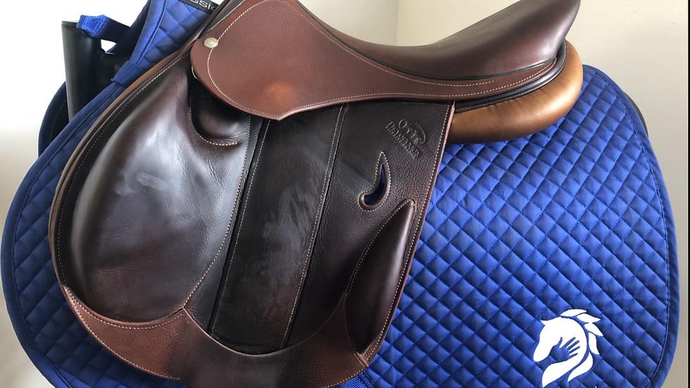 """16.5"""" Devoucoux Haurra D3D saddle - 2012 - 0A - 4.75"""" dot to dot"""