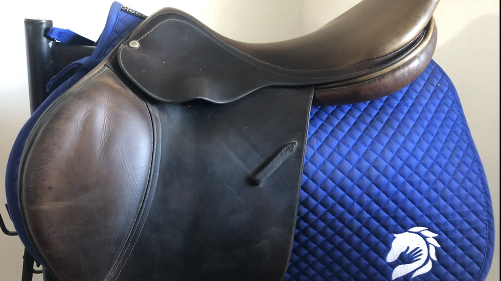 "17"" Macel Centaure saddle - 1998 - TM - 4"" dot to dot"