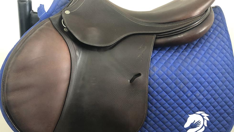 """17.5"""" Antares P saddle - 2003 - 2A - 4.5"""" dot to dot"""