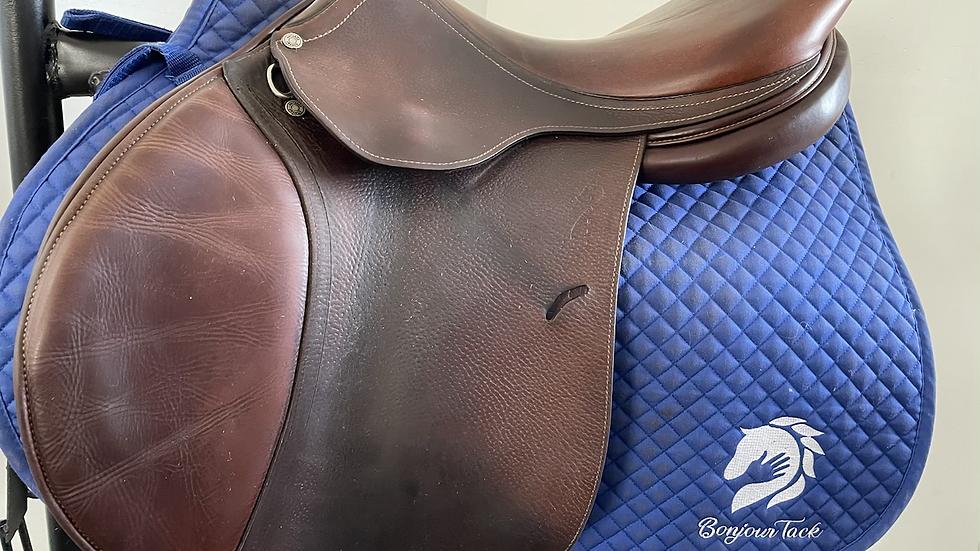 """17"""" Antares C2 saddle - 2007 - 3A - 4.5"""" dot to dot"""