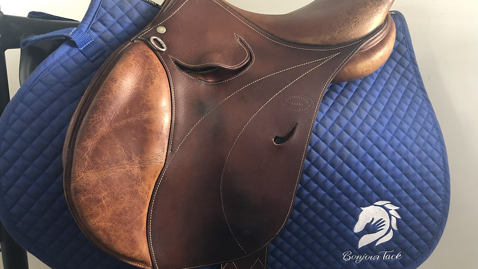 "16"" Devoucoux Laminak saddle - 2012 - 0 - 4.5"" dot to dot"