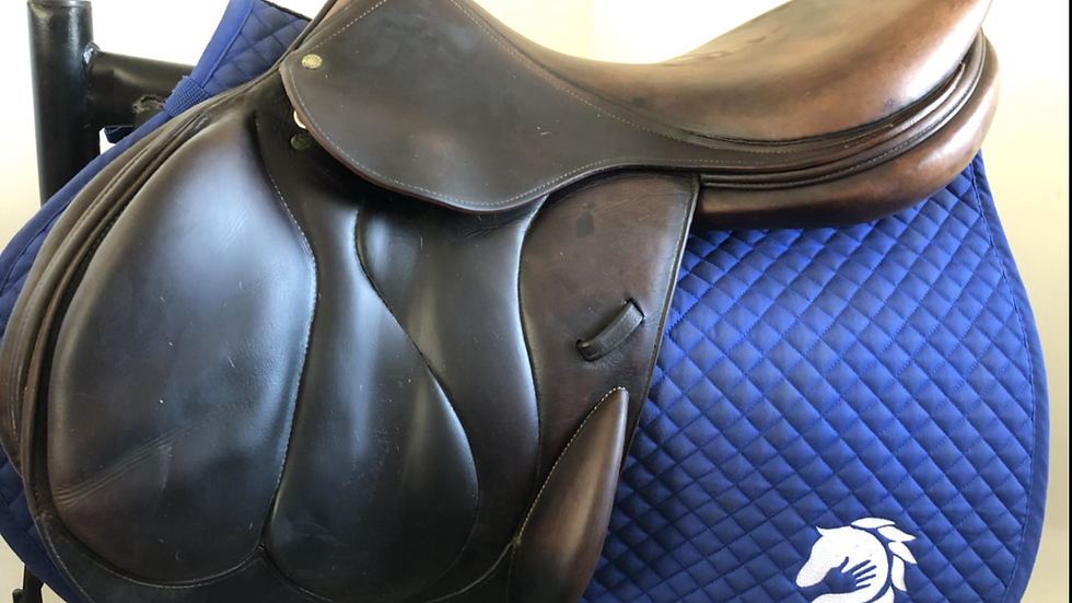 "18.5"" Devoucoux Chiberta saddle - 2004 - 2X - 4.5"" dot to dot"