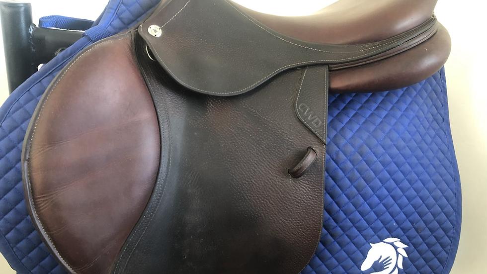 "17.5"" CWD se03 saddle - 2019 - 2C - 4"" dot to dot"