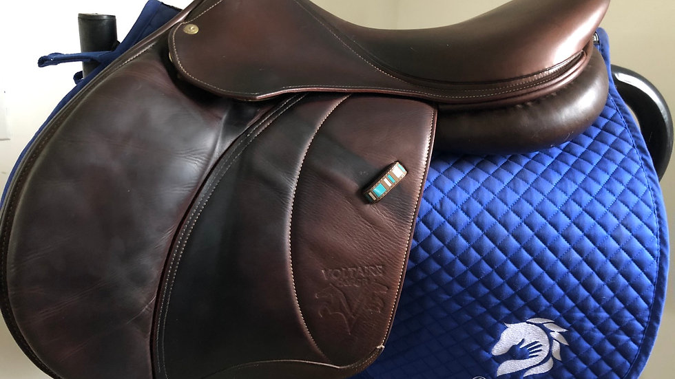 "17.5"" Voltaire Palm Beach pro saddle - 2011 - 3A - 4.75"" dot to dot"