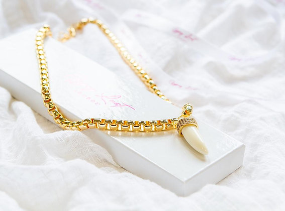 Off White Tusk Necklace
