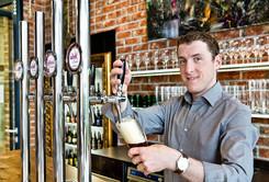 AVIVA Biersommelier Manuel in der Brauer