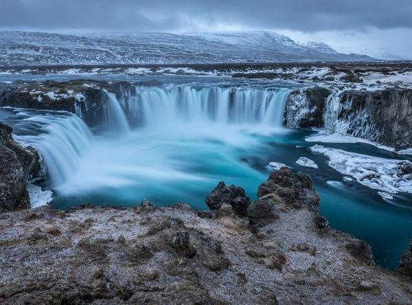 Singleurlaub in Island   Wasserfälle und Vulkane