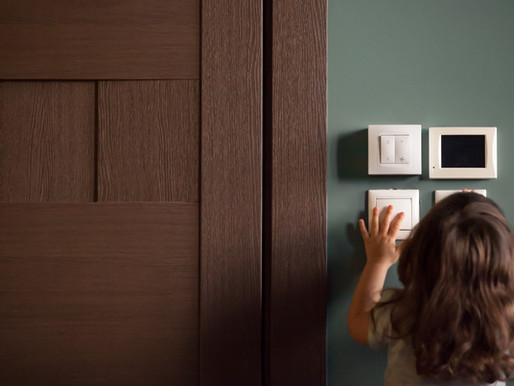 Milloin vanhaan omakotitaloon kannattaa tehdä sähkösaneeraus?
