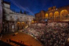 Festival Avignon cours d'honneur du Pala