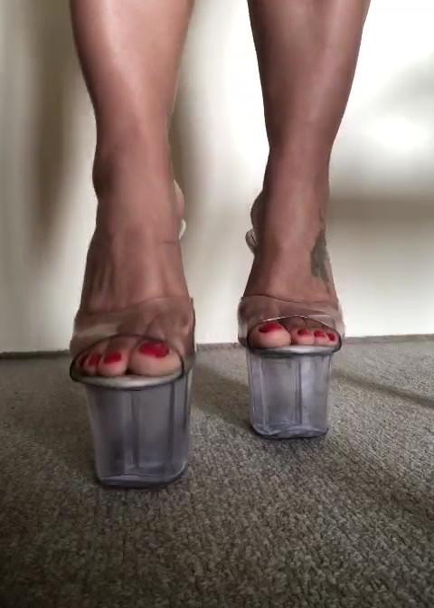 Esteja sob meus pés!