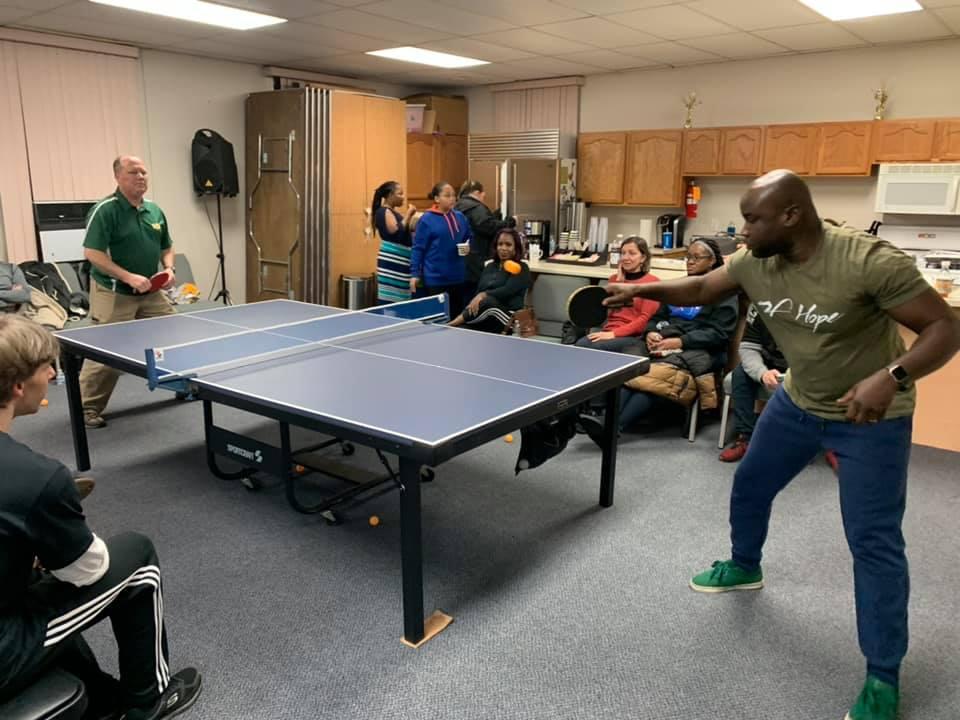 Bob-Eman Ping Pong