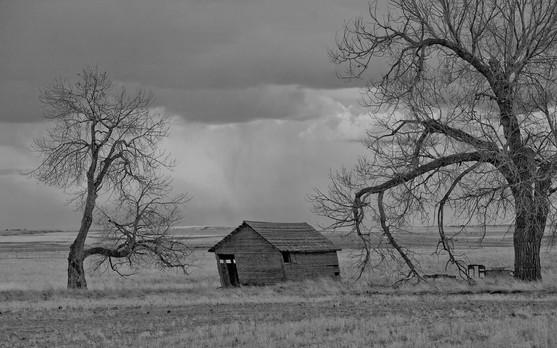 Collapsing farm building, Missouri breaks