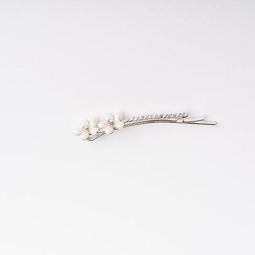 """Schiebespangerl """"Blume"""" mit Perlen und Strasssteinen"""