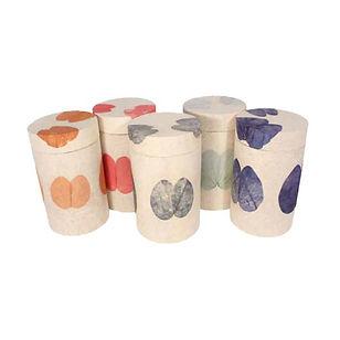 large_paper__leaf_urns.jpg