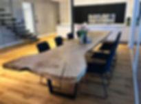 Esstisch Baumtisch Massivholztisch Holztisch massiv unverleimt aus Eschenholz | Holzwerk-Hamburg