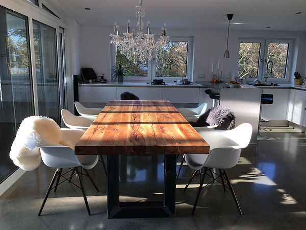 Massivholztisch / Esstisch Eichenholz-Altholz | Holzwerk-Hamburg