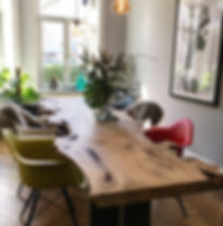 Baumtisch Esstisch Massivholztisch aus Ulmenholz unverleimt aus einem Stück | Holzwerk-Hamburg