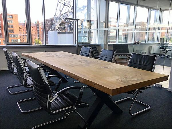 Konferenztisch Tisch Baumtisch Massivholztisch Tisch Holztisch | Holzwerk-Hamburg