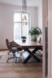 Baumtisch Büroloft Büro Office Konferenztisch Holzwer-Hamburg