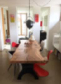 Baumtisch aus Eiche
