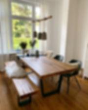 Esstisch aus Eichenholz mit Metallgestell | Holzwerk-Hamburg