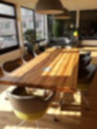 Konferenztisch Massivholztisch Besprechungstisch | Holzwerk-Hamburg