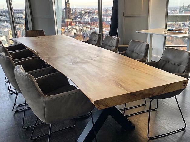Konferenztisch Massivholztisch Baumtisch Esstisch Stammholztisch | Holzwerk-Hamburg