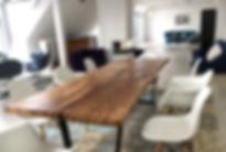 Esstisch Massivholztisch Baumtisch aus Eichenholz unverleimt aus einem Stück | Holzwerk-Hamburg