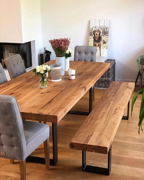 Massivholztisch aus Eichenholz-Altholz Tiscgestell aus Metall Stahl Metallbeine Holztisch | Holzwerk-Hamburg