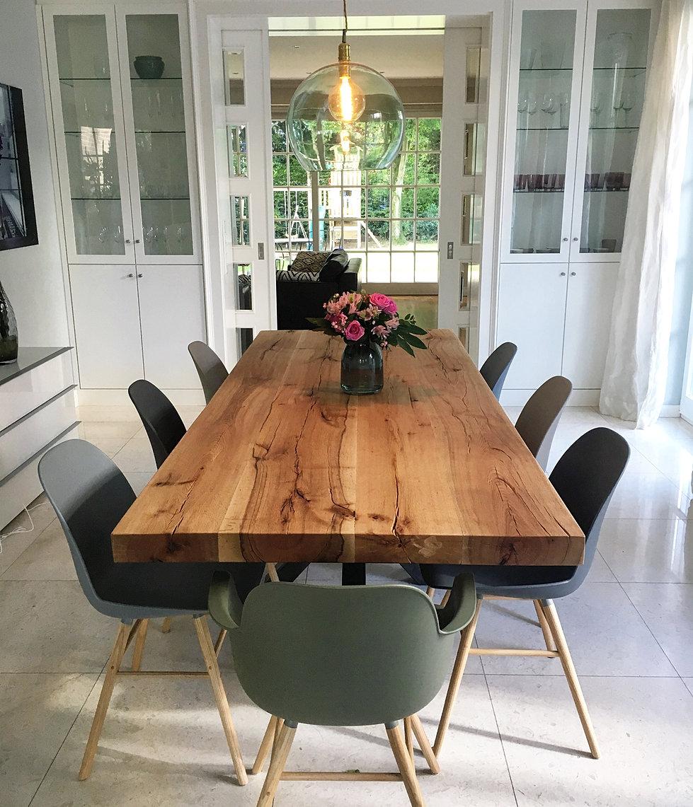 designer holztische massiv finest massive tische gnstig kaufen ebay avec esstisch aus baumstamm. Black Bedroom Furniture Sets. Home Design Ideas