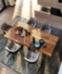 Esstisch aus Eichenholz aus dem vollen Stamm | Holzwerk-Hamburg