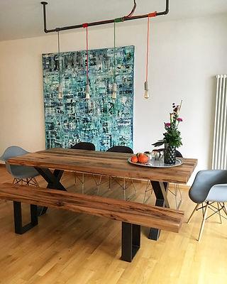 Esstisch aus Eichenholz rustikal mit Holzbank