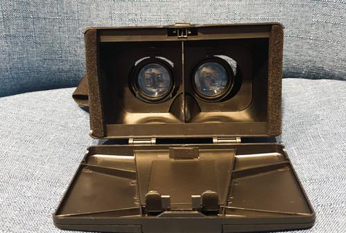 Virtual Reality Smartphone Headset Halte