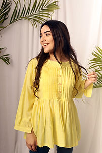 zinnia yellow (4).JPG