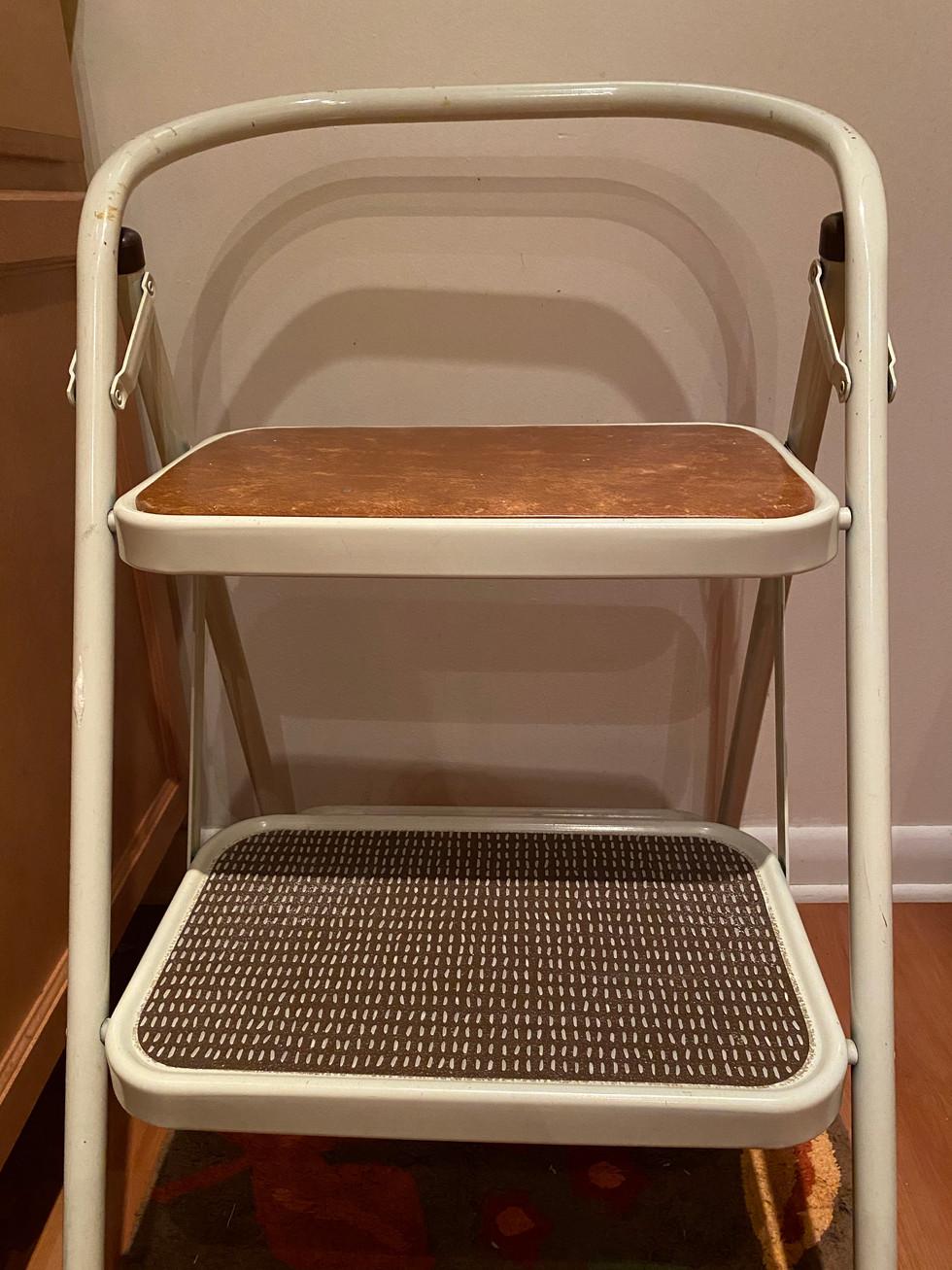 rice chair.jpg