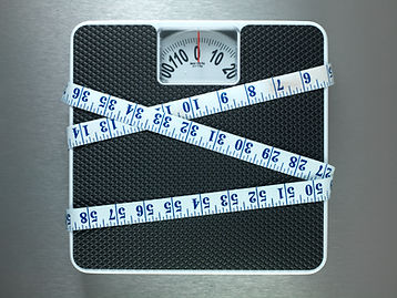 scales & measuring tape