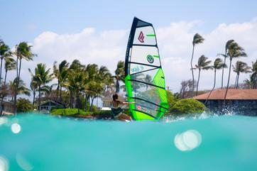 Windsurf Cruising