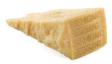parmigiano reggiano contiene lattosio?