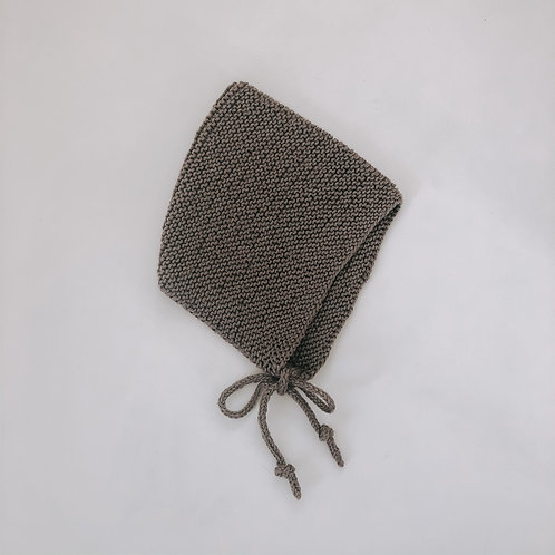 Knitted Bonnet - Stone