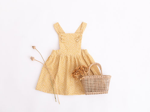 Penny Pinafore, Amber Harvest