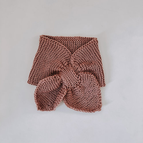 Hand knitted scarf - Rose