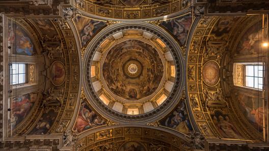 Architecture & Arts.  Citta del Vaticano, Italia. Photo © Jonathan Manrique Nossa