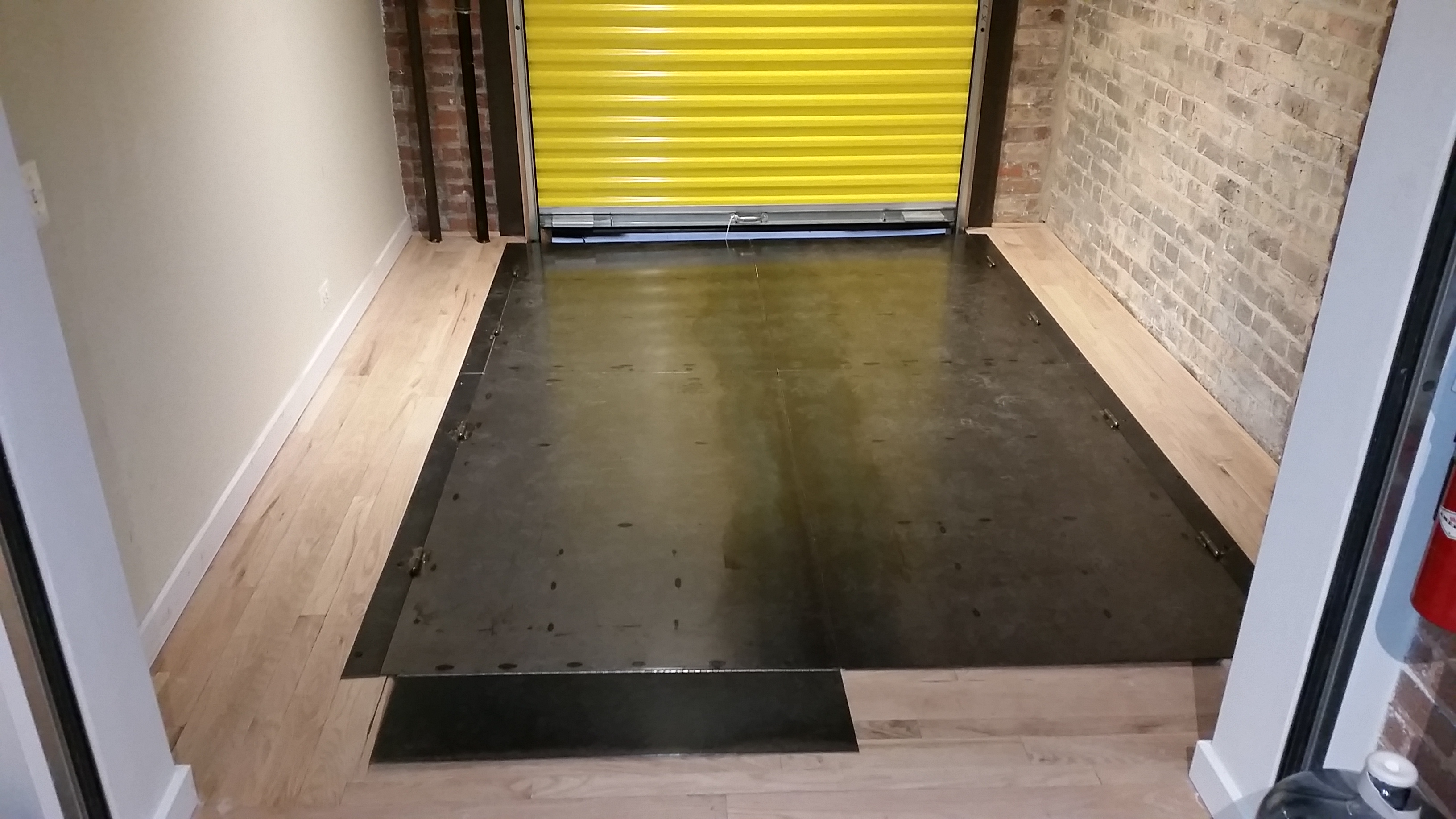 Removable floor